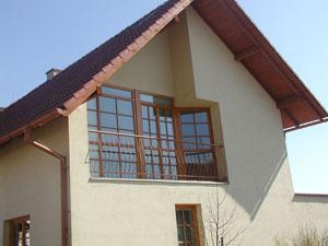 http://cdn.bydleni.com/img/2005/clanky/albums/userpics/10001/thumb_arsstav_nov.jpg