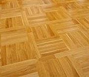Ošetřujeme dřevěné podlahy