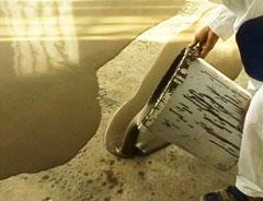 Jak vyrovnat podlahu v panelaku