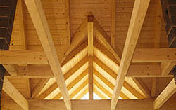 Dřevěná konstrukce při zateplení systémem TOPROCK. Foto - Rockwool