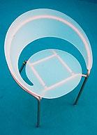 Jeden z prezentovaných designů - židle Nova Petra Šebely