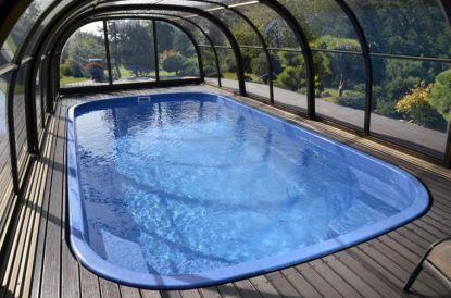 Kalná nebo zelená voda v bazénu? Poradíme vám, jak se znovu vykoupat už za pár hodin