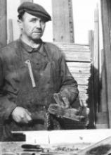 První z Hanáků, který založil tradici nábytkářské firmy