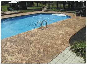 Bezpečné a odolné okolí bazénů