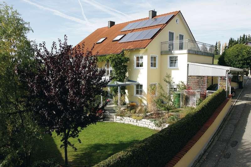 http://cdn.bydleni.com/rimport/img/2012_06/thumb_kkh_Haus_Solar.jpg