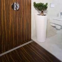 Ke komfortu ve sprše patří spolehlivé podlahové žlaby