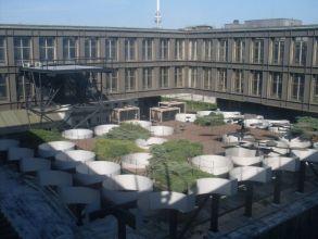 střecha Nové budovy Národního muzea, na kterém byla postavena další dvě podlaží