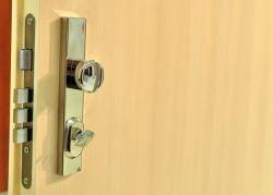 Bezpečnostní dveře musí být nepřekonatelné