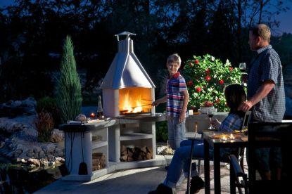 Zahradní krb, nebo venkovní přenosný gril? Známe 10 důvodů, proč se rozhodnout pro krb