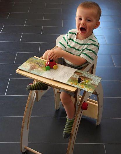 Speciální židle s rostoucí funkcí
