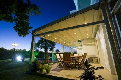 Hliníkové pergoly s posuvnou střechou na terasu i do zahrady