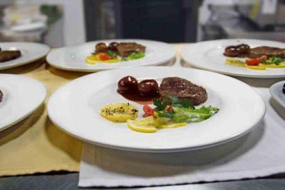 Vybíráme jídelní servis, který dodá stolování atmosféru