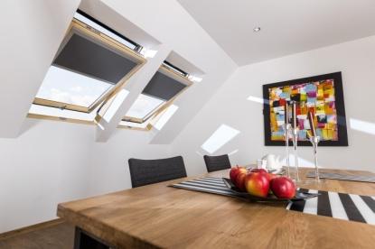 Střešní okna s cenově výhodnými energeticky úspornými trojskly U4 a U5
