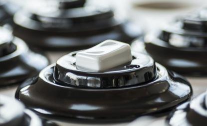 O porcelánové vypínače české firmy KATY PATY je velký zájem