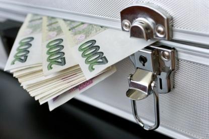 Potřebujete peníze na vybavení či rekonstrukci? Víme, kde vám půjčí levněji než v bance