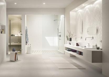 Minimalismus v koupelnách