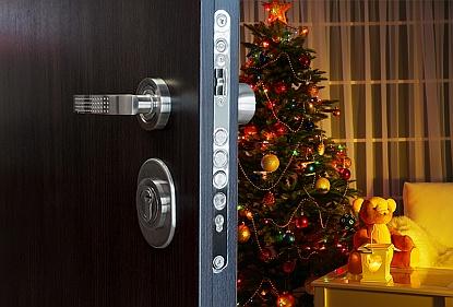 Klidné Vánoce nebudou díky bezpečnostním dveřím jen frází. Co vše díky nim získáte?