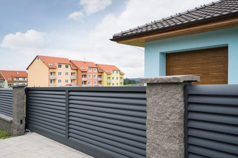 Pravidla pro stavby a opravy oplocení se podle nového stavebního zákona nezmění