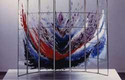 Smalty malovaný do olova vkládaný objekt, matur. práce Ivany Vranákové, 2001. Foto - Foto - Galerie SUPŠ Kamenický Šenov