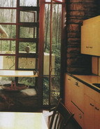 I sektor m��e b�t kr�sn�. Tato kuchy� je z roku 1934. (F. L. Wright)