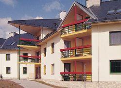 Dalším ucházejícím se o titul Stavba roku je dům s pečovatelskou službou v Lipové