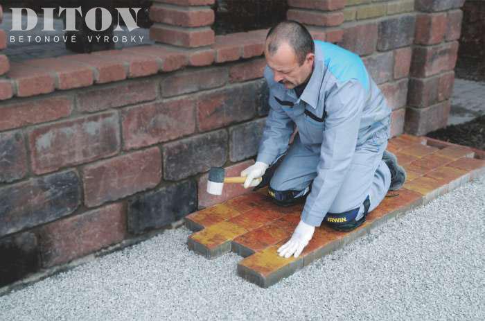 Jak položit betonovou dlažbu