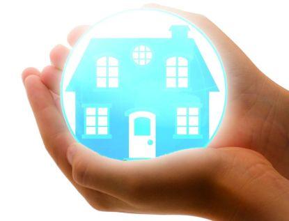 Ceny pojištění domácnosti a nemovitosti klesají