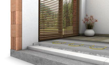 Návod pro kutily: Jak vyrovnat podlahu samonivelační stěrkou NIVELA EASY