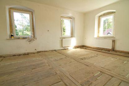 Jak připravit podklad před položením nové podlahy