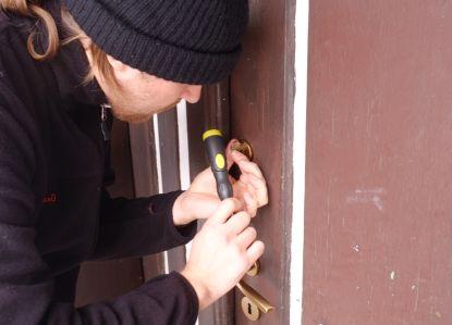 Zima se blíží. Jak zabezpečit svůj majetek před zloději?