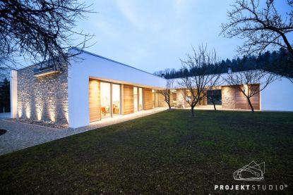 Rodinný dům, který souzní s přírodou