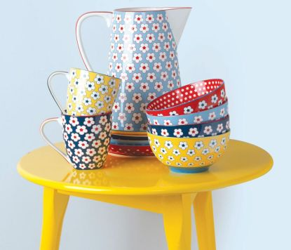 Přivítejte jarní rána s rozkvetlým porcelánem