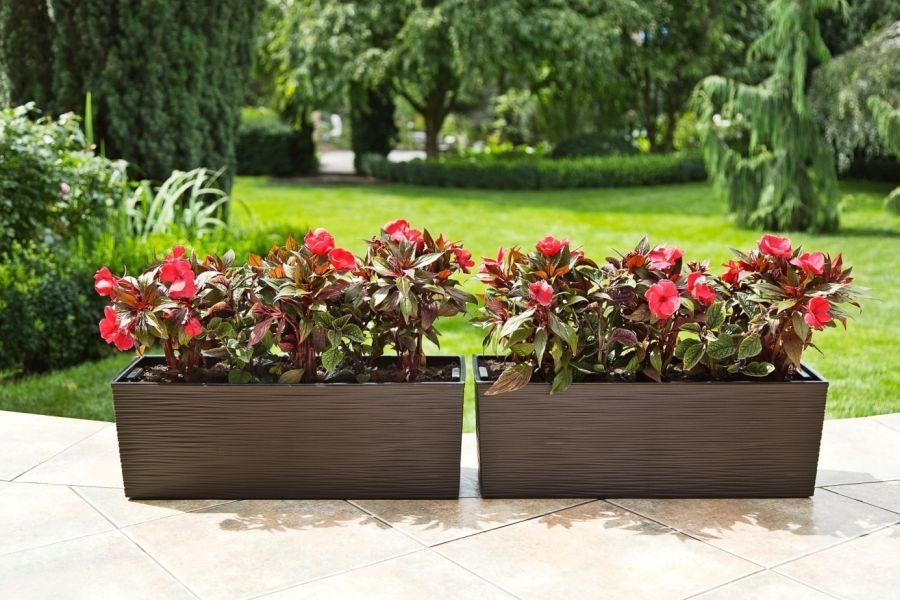 Okouzlující Zahrada Díky Zahradním Dekoracím