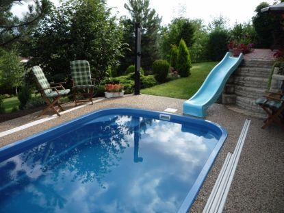 5 překvapivých radostí, které vám přinese vlastní zapuštěný bazén