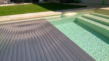 Roletové zakrytí bazénů jako funkční i estetické řešení