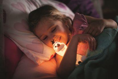 Jaká svítidla pro děti? Pro chlapce StarWars a prodívky Ledové království