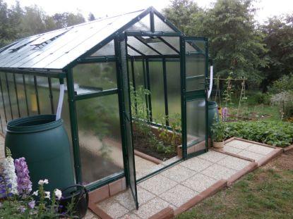 Kvalitní skleník potřebuje kvalitní základ