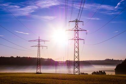 Přepis energií už není strašák: Zvládnete ho online. Azměnou dodavatele můžete získat výhody