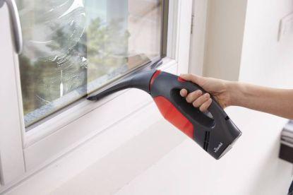 Vysávání oken s extra vysavačem Windomatic