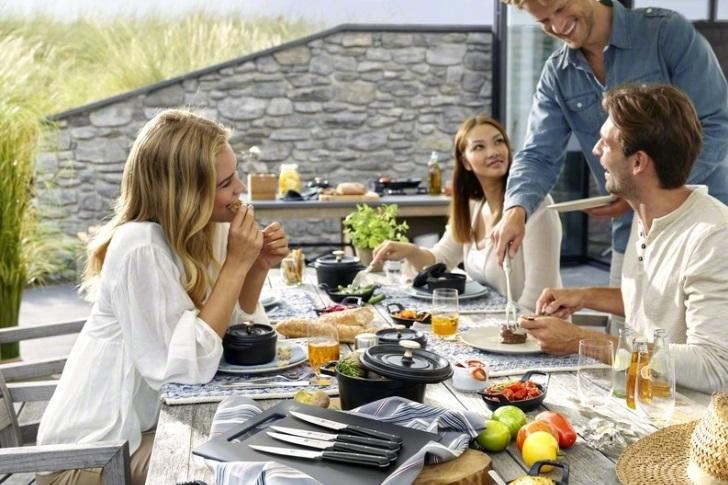 Užijte si vaření, pečení a servírování s krásným litinovým nádobím značky Staub
