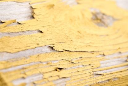 Odstranění starého nátěru ze dřeva a kovu