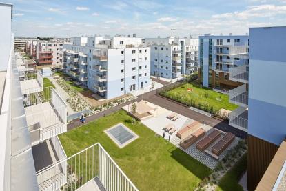 Bydlení Schichtgründe charakterizuje BIM a zeleň na střechách domů i v okolí