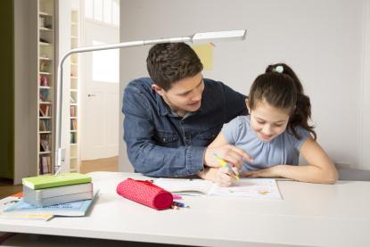 Vybavujeme pokoj pro školáka. Dětský rostoucí nábytek je hitem
