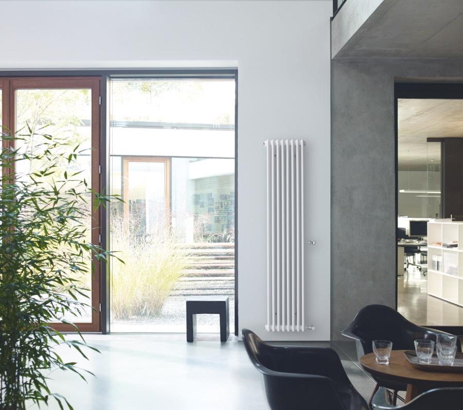 Zehnder Charleston – originál mezi článkovými trubkovými radiátory – se rovněž hodí do moderních interiérů s osobitým charakterem a stylem.