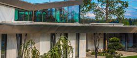 Dřevohliníková okna a padesát odstínů šedé
