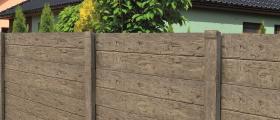 Novinka: Deskový plot imitující dřevo