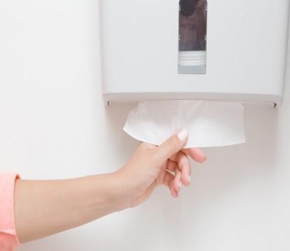 Jaký zvolit způsob osoušení rukou nejen na toaletách