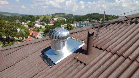 Větrání turbínami LOMANCO a osvětlení světlovody