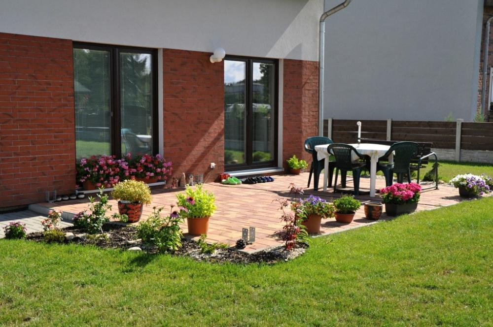 Terasa jako ideální prostor pro relaxaci v zahradě