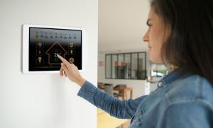 Bydlete bezpečně i levně v chytré domácnosti